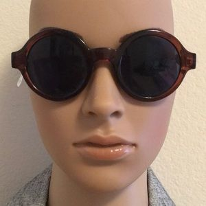 New round sunglasses Urban Outfitters
